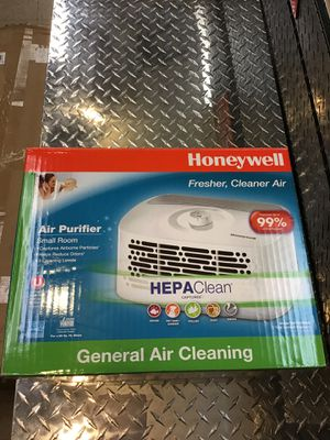 Honeywell HEPA-Type Tabletop Air Purifier for Sale in Kennesaw, GA