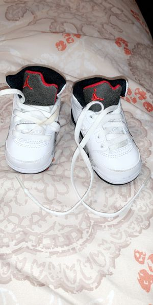 Jordan shoes size 4c for Sale in Blaine, MN