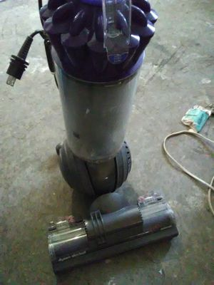 Dyson slim ball the best offer gets it starting at 60$ for Sale in Las Vegas, NV