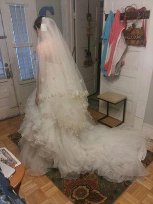 Oleg Cassini Wedding Dress/4 Bridesmaid Dresses for Sale in Beaumont, TX