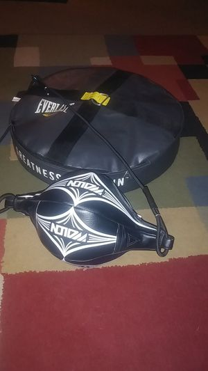 Everlast speed bag for Sale in Edgewood, WA