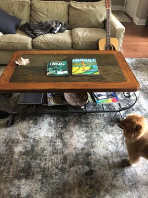 Coffee table - 19h 30w 50l for Sale in Pittsburgh, PA