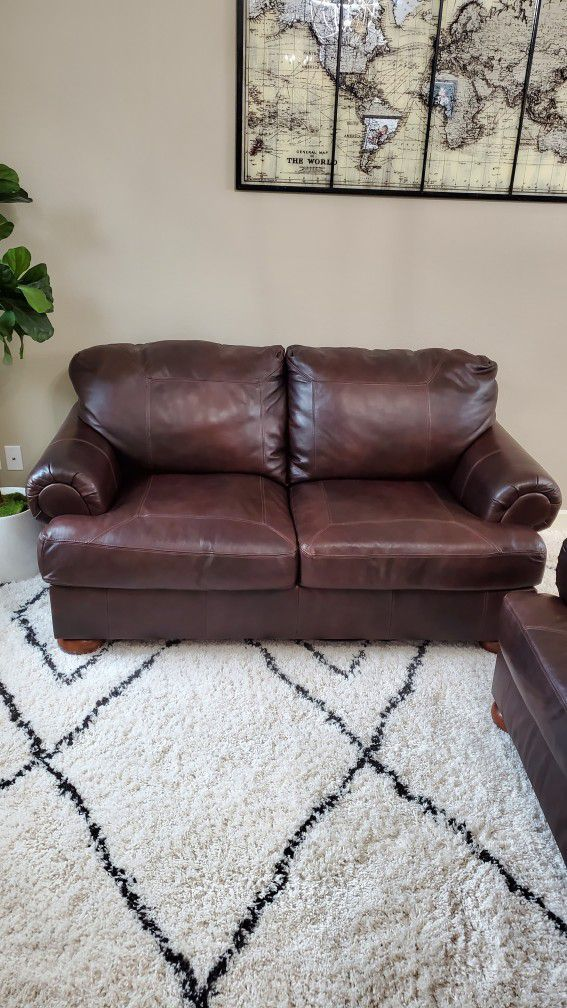 100% Leather Couches