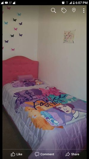 Fabric pink Twin bed mattress and box spring still in plastic for Sale in US