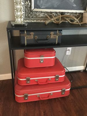 Vintage suitcase set for Sale in Vancouver, WA
