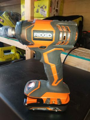 IMPACT DRILL RIDGID NO CHARGER for Sale in Phoenix, AZ