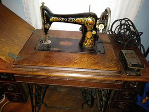 Turn of the century Singer sewing machine for Sale in Boston, MA