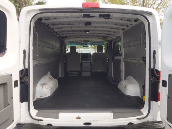 2016 Nissan NV2500HD