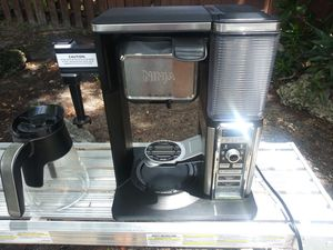 Ninja coffee maker with frother for Sale in Pompano Beach, FL