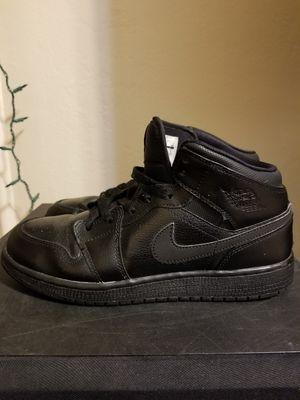 Nike Air Jordan 1 Mid Black for Sale in Parlier, CA