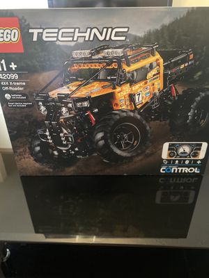 4X4 X-treme off roader LEGO set for Sale in Bloomington, IL
