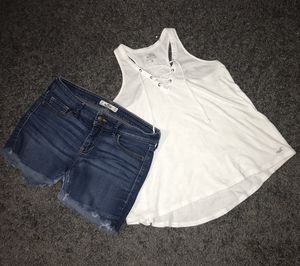 Hollister tank top and shorts for Sale in Fresno, CA