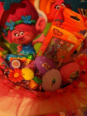 Poppy and Branch from trolls Easter baskets for Sale in White City, OR