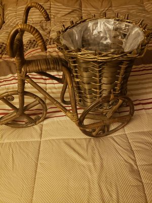 Adorable Tricycle Plant Stand for Sale in Aurora, CO