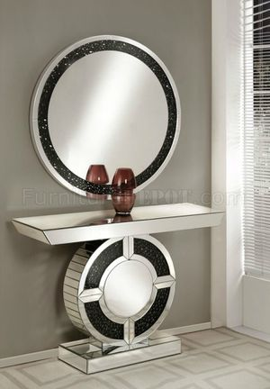 Console with mirror in special offer for San Valentines Day for Sale in Davenport, FL