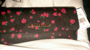 - Michael Kors wallet-(tag still attached) for Sale in Denver, CO