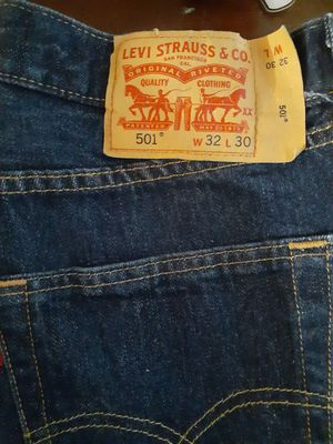 jeans levi wranglers size 32's for Sale in Austin, TX