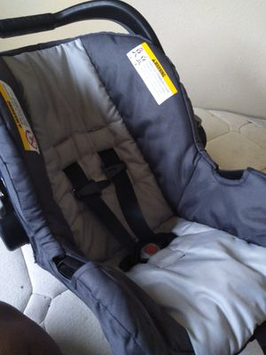 Baby Trend carseat for Sale in Lancaster, CA