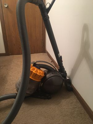 Dyson for Sale in Parma Heights, OH