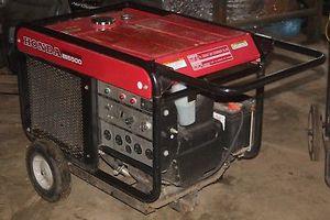 Honda ES6500 generator for Sale in Lincolnia, VA