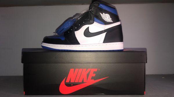 """Jordan 1 """"royal toes"""""""