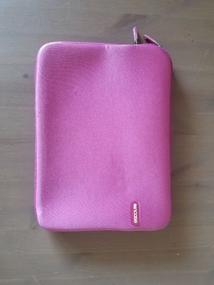 """Incase Pink Padded Laptop Sleve for 13"""" Laptop for Sale in ROXBURY CROSSING, MA"""