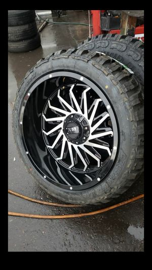 Black friday especial only one set 22x12 xm rims 6 lug 6x139 6x135 whit New MUD tires 33 1250 22 lt for Sale in Phoenix, AZ