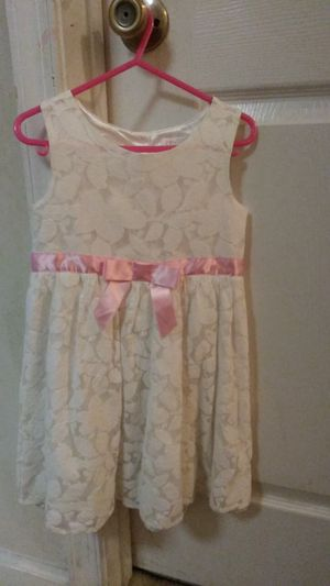 Children's place 4T Dress for Sale in Germantown, MD