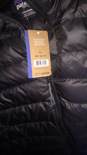 Men's Patagonia coat large for Sale in Brooklyn, NY