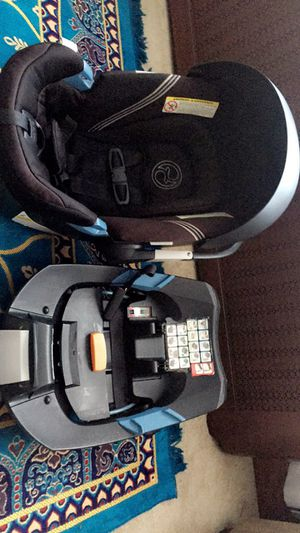 Cybex car seat for Sale in Buffalo, NY