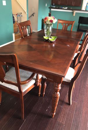 Dining Table for Sale in Kensington, MD