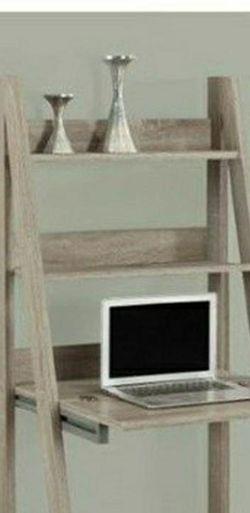 shelf ladder for Sale in Lynnwood,  WA