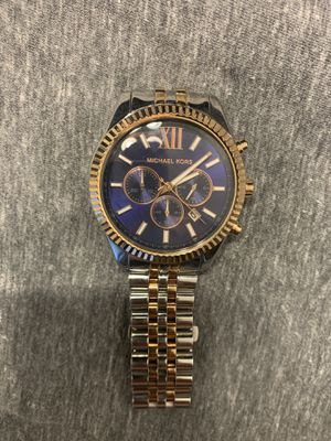 Michael Kors Lexington two tone for Sale in Tampa, FL