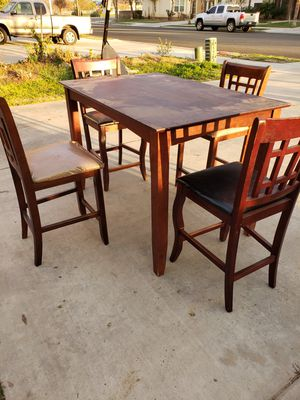 5 piece dining set for Sale in Sanger, CA