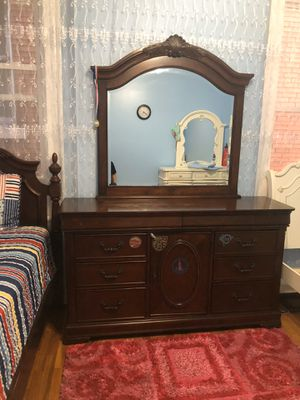 Twin bed with mattress dresser /mirror for Sale in St. Louis, MO