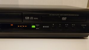 Toshiba SD K220U Dvd Vhs Vcr combo for Sale in Humble, TX