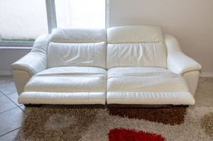 White reclining couch for Sale in Jersey City, NJ