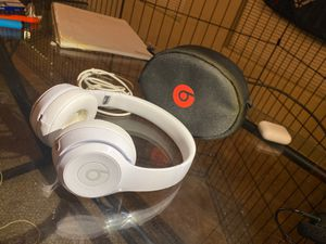 Beats by Dre Solo 3's (barely used) for Sale in Tempe, AZ