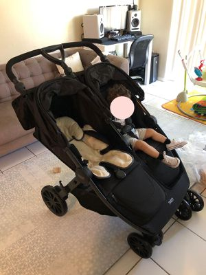 BRITAX Double Stroller for Sale in Miami, FL