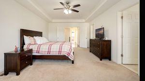 Bedroom set , king size for Sale in Ashburn, VA