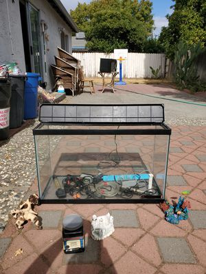 Fish tank for Sale in Vacaville, CA