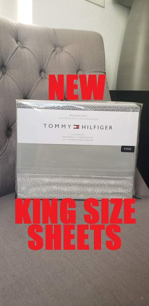 NEW Tommy Hilfiger Sheets set KING SIZE Mattress beds- CUTE Gray Dot design Originally retailed for $152. Selling for $40. 100% cotton for Sale in Ventura, CA