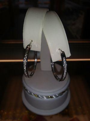 14kt diamond earrings for Sale in Warren, MI