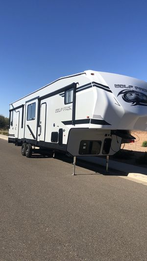 2019 Wolfpack 32513 toyhauler for Sale in Queen Creek, AZ