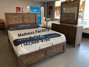 Bedroom set : Queen Size Bed frame Dresser, Mirror & Nightstands for Sale in Montebello, CA