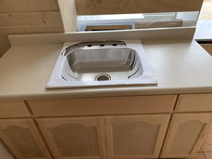 5ft kitchen cabinet countertop & sink for Sale in Redondo Beach, CA