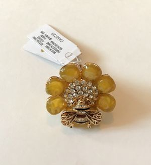 Kate spade yellow queen bee ring size 7 for Sale in Chula Vista, CA