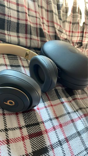 Beats studio three wireless headphones for Sale in Highlands Ranch, CO