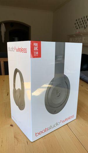 Beats studio3 Wireless for Sale in Chicago, IL