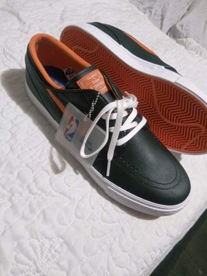 Unique Stefan Janoski size 10.5 nike /NBA Collab orange and black colorway . New!! for Sale in San Diego, CA